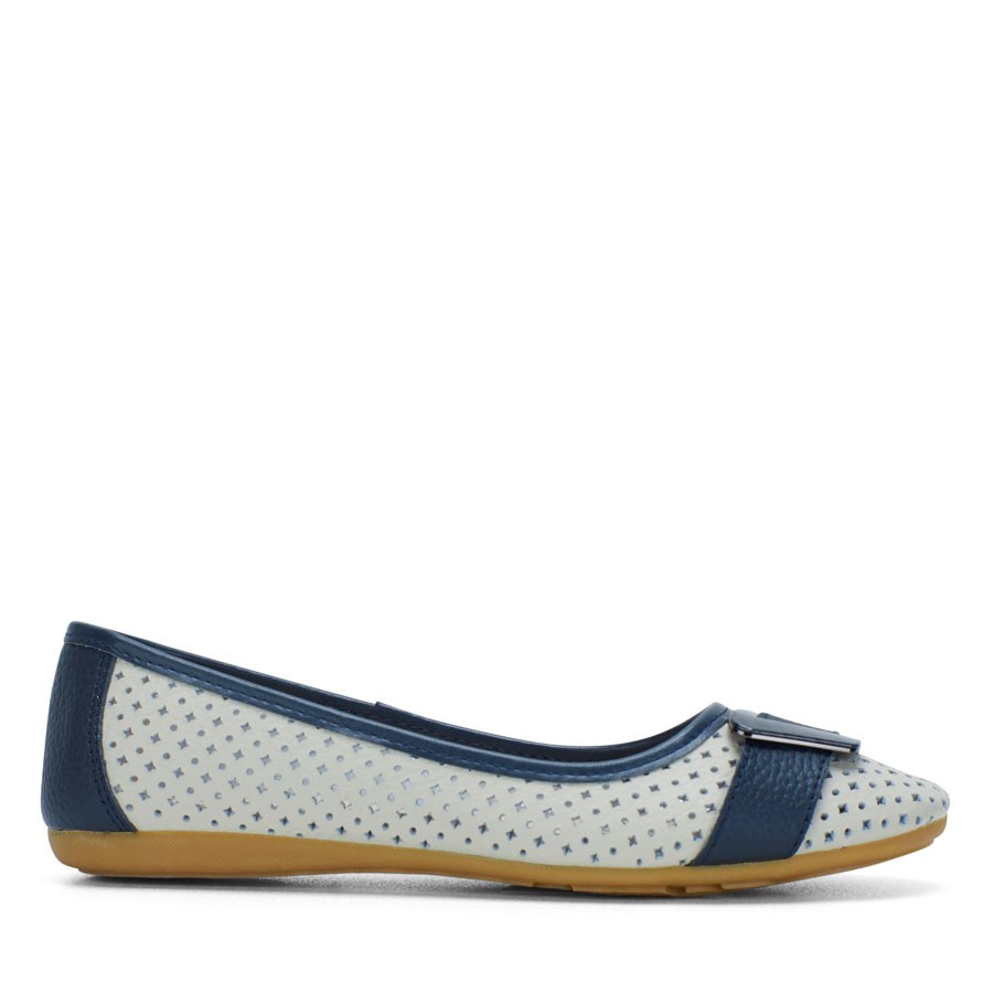 Shoewarehouse Petel Ice/Navy