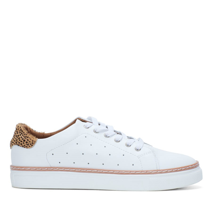 Shoewarehouse Missha White