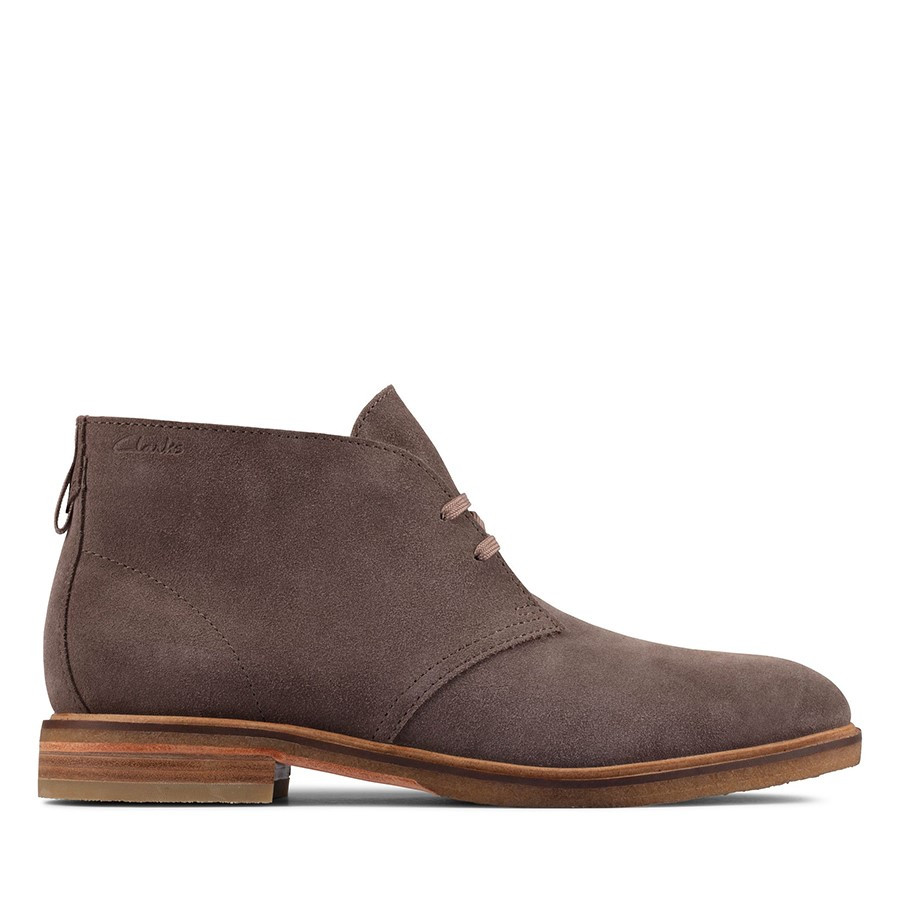 Shoewarehouse Clarkdale Dbt Taupe Suede