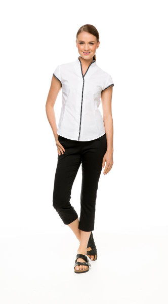 Cap Sleeve Shirt in white, with Capri Pant in black
