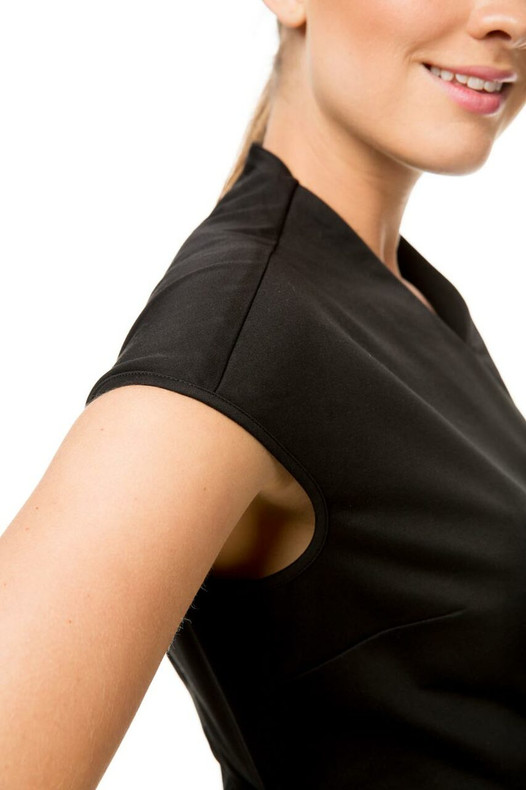 Benefits of Using Spa Uniforms In the Beauty Business