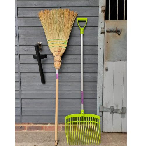 Ultimate Corn Broom