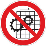 Do Not Operate With Guards Removed (FIS6061-)