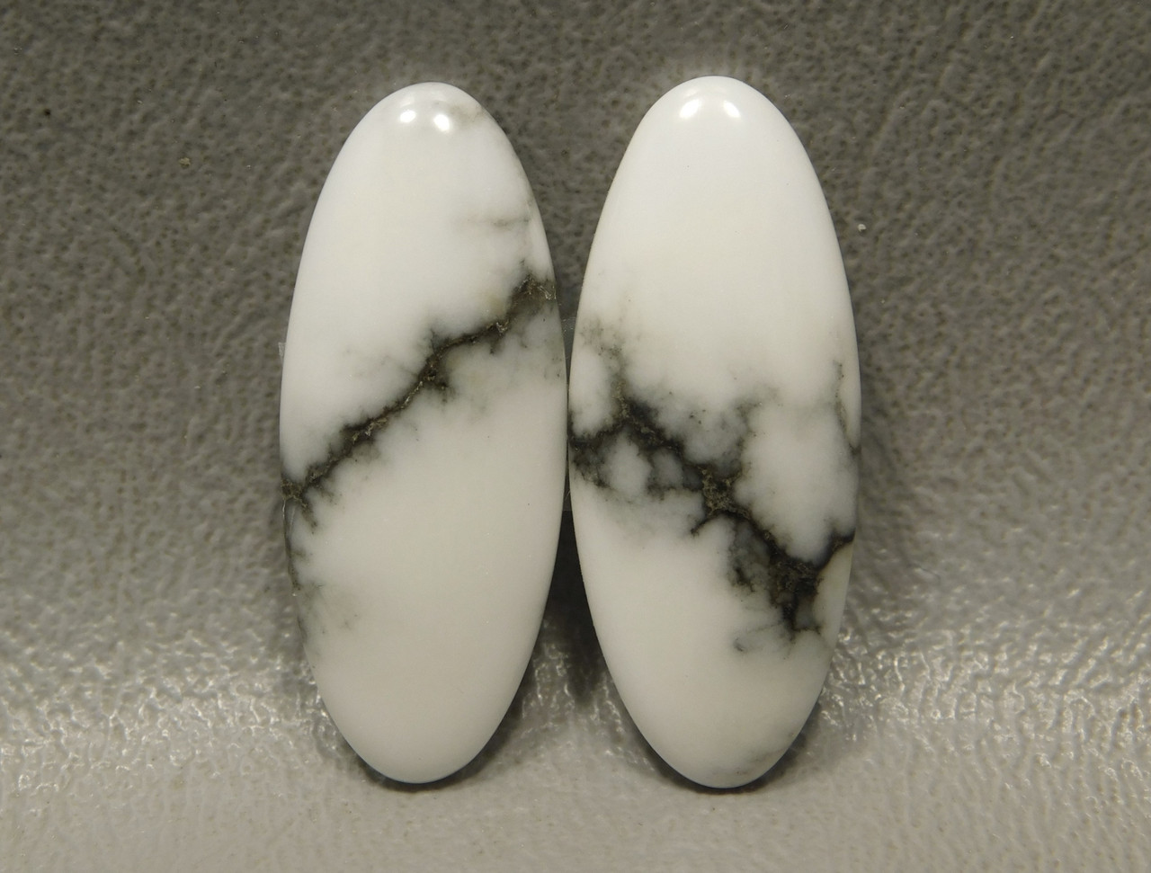 Cabochons Howlite Matched Pair Stones Ovals Semi Precious #14