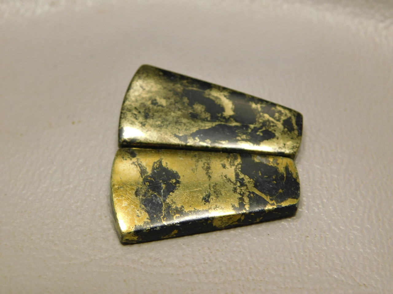 Apache Gold Matched Pair Cabochons Black Stones Trapezoid #6