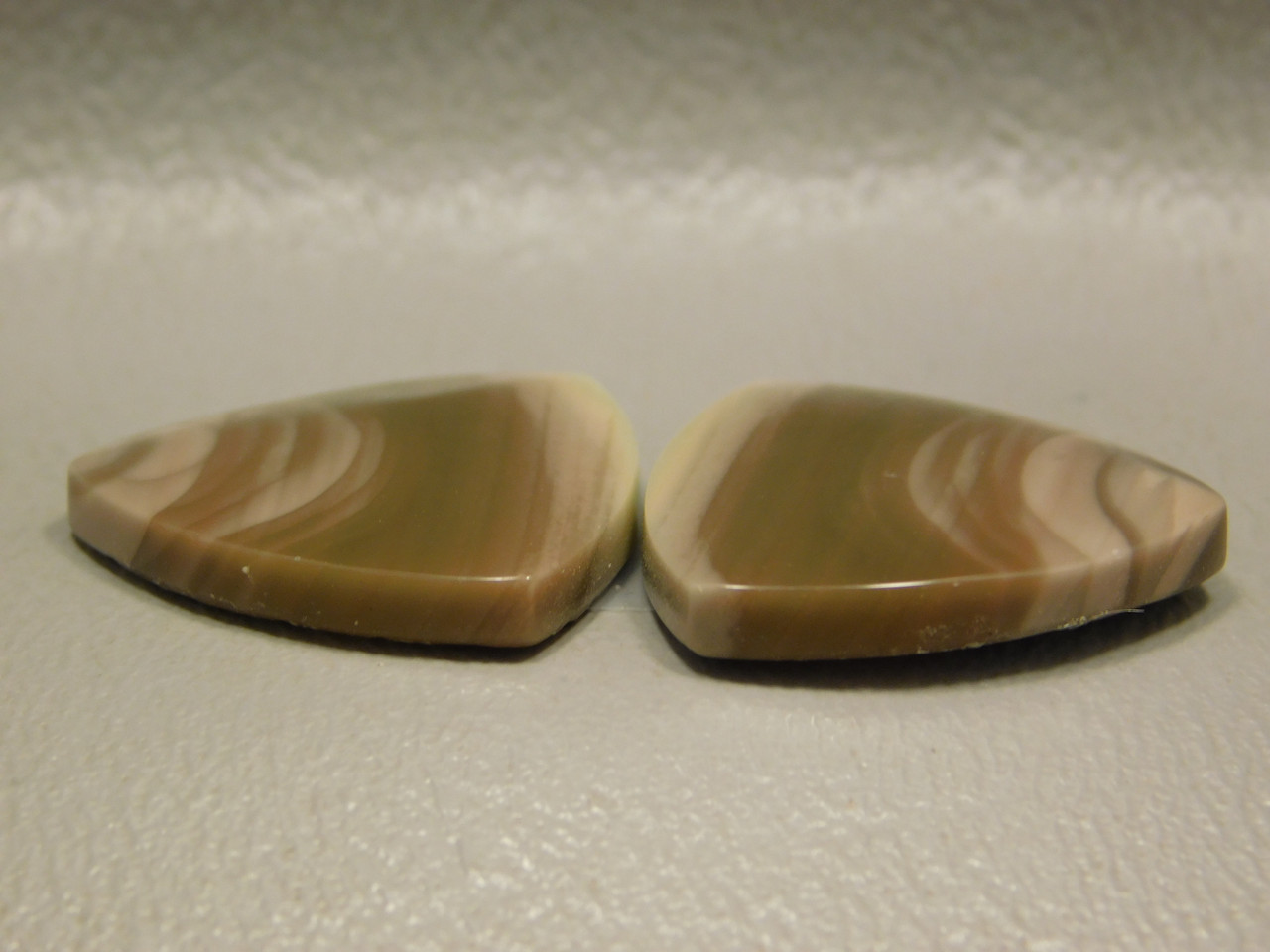 Royal Imperial Jasper Cabochon Stones Matched Pair 20 mm Triangles #23