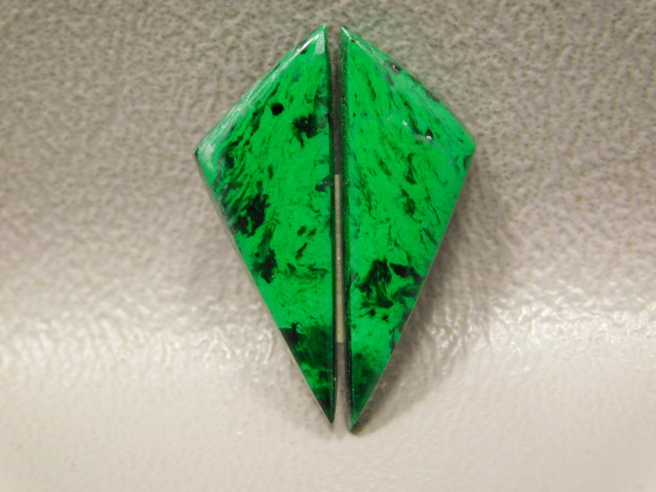 Maw Sit Sit Matched Pair Cabochons Triangles Rare Green Jade #14