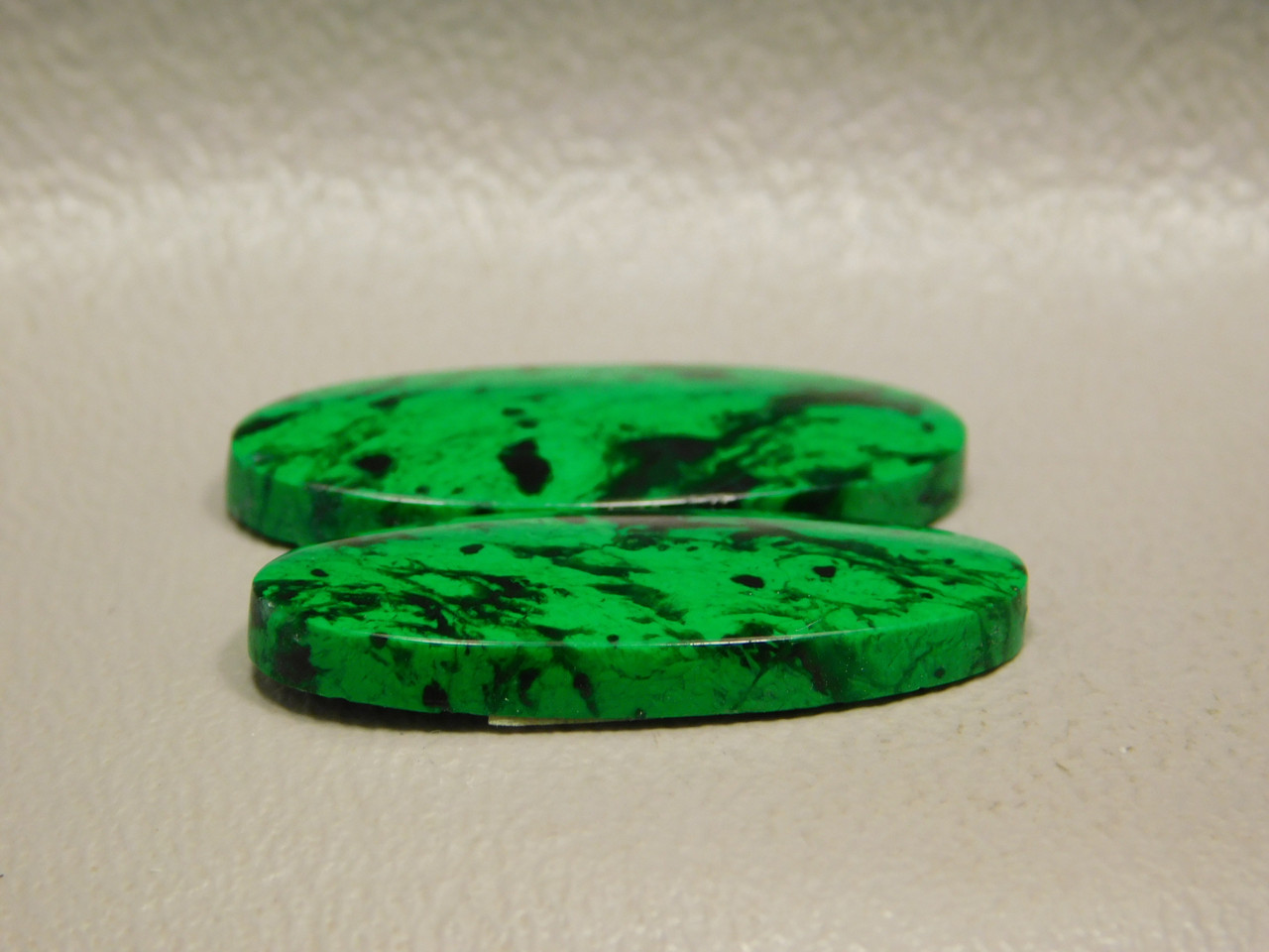 Maw Sit Sit Matched Pair Designer Cabochons Ovals Rare Green #10