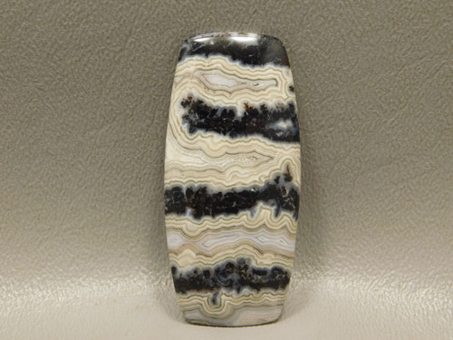 Cabochon Crazy Lace Agate Barrel Shaped Black White Stone #16