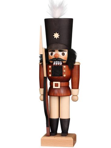 32-624 Soldier Guard Nutcracker from Christian Ulbricht