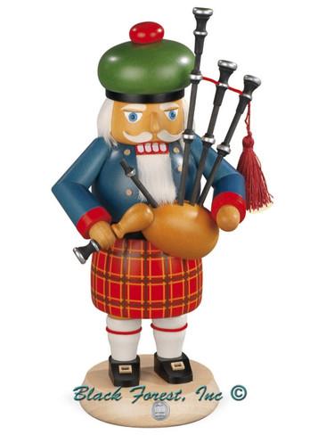 14302 Mueller Scotsman Nutcracker