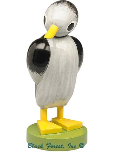 5256-2 Wendt and Kuhn Penguin Medium Standing
