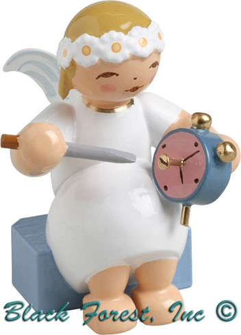 634-70-27 Wendt and Kuhn Marguerite Angel Sitting with Alarm Clock