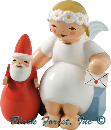 634-70-29 Wendt and Kuhn Marguerite Angel Sitting with Santa Claus