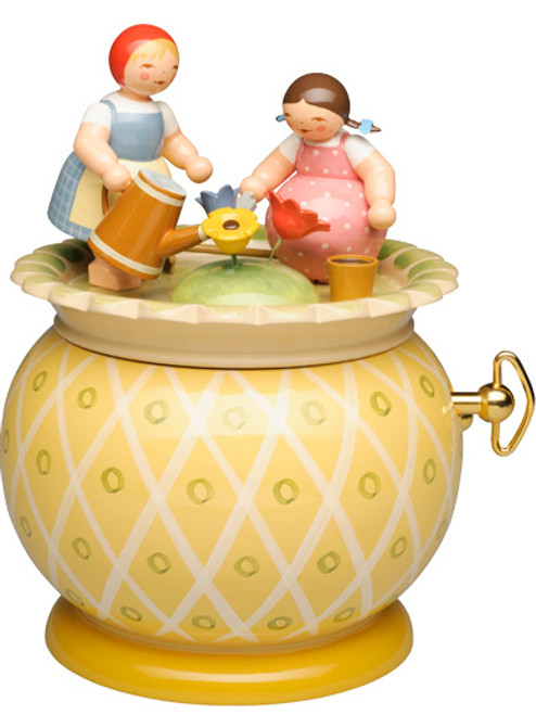 5318-28A Wendt and Kuhn Two Girls Music Box