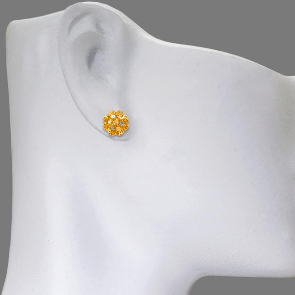 142-110Z Medium Diamond Cut Flower Stud Earrings