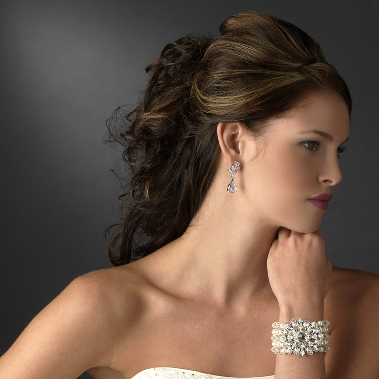 Crystal and Pearl Bridal Stretch Bracelet