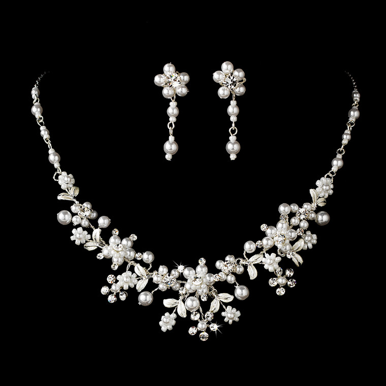 Enchanting White Pearl Silver Plated Bridal Jewelry Set