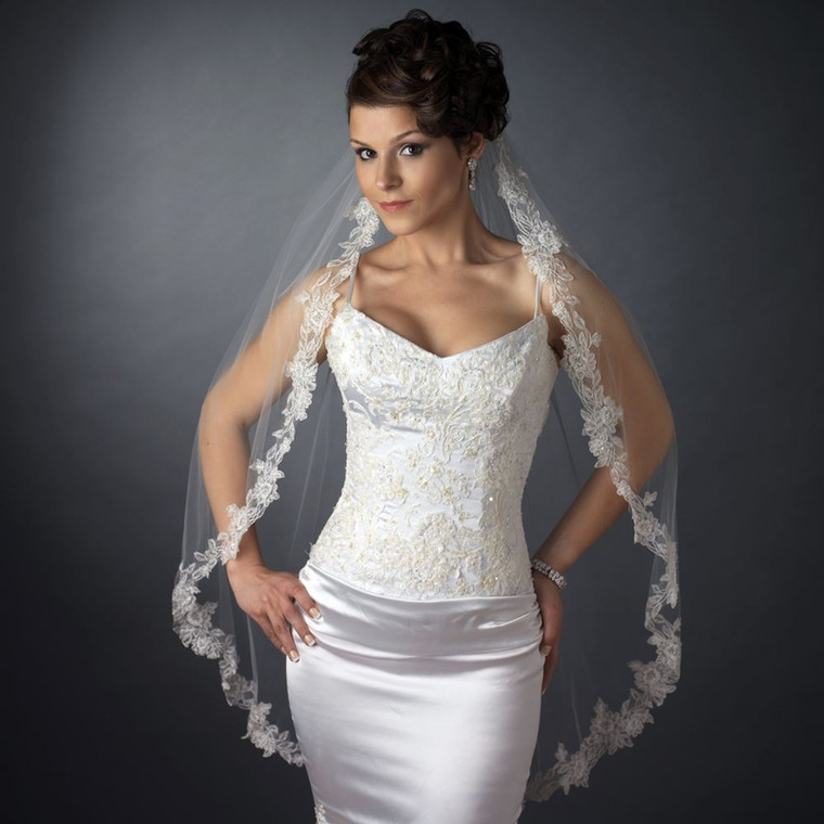Floral Embroidery Edge Fingertip Length Wedding Veil with Pearls