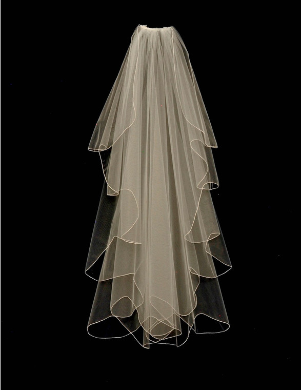Knee Length Waterfall Cut Scalloped Wedding Veil V6120