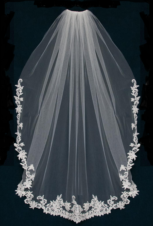 "45"" Long  Venise Lace Edge Knee Length Wedding Veil C485"