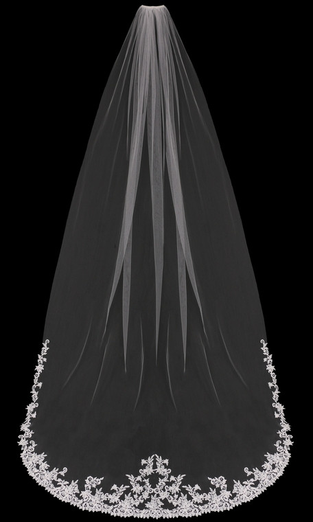 Regal Lace Cathedral Wedding Veil enVogue V1898C