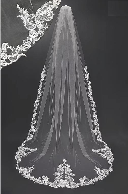 Regal White Lace Design Cathedral Wedding Veil