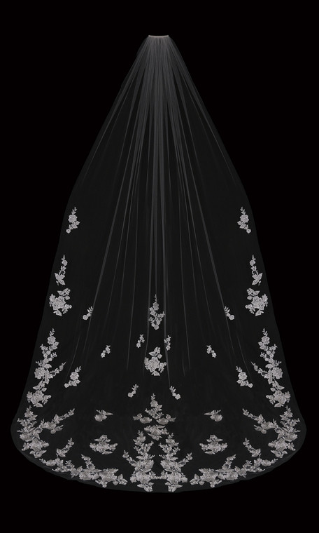 Cathedral Wedding Veil with Beaded Lace Appliques enVogue V2095C