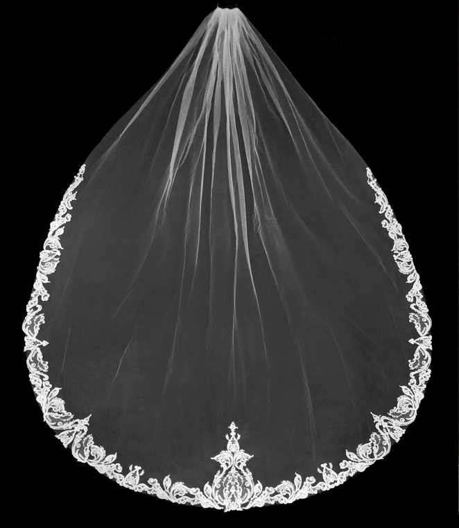 Elegant Royal Cathedral Wedding Veil with Beaded Lace Edge