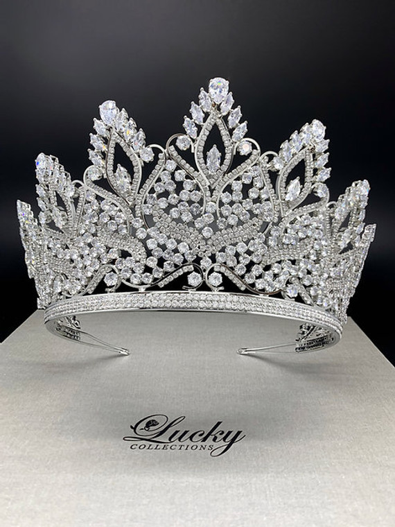 """3 1/2""""  Stunning Silver or Gold CZ  Wedding and Quinceanera Tiara"""