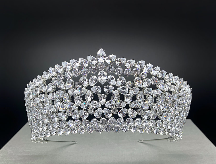 "2 1/2""  Tall Extravagant  Silver Plated CZ  Wedding and Quinceanera Tiara"