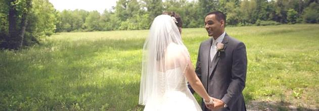 veils-wedding-dsy-first-look-in-field.jpg