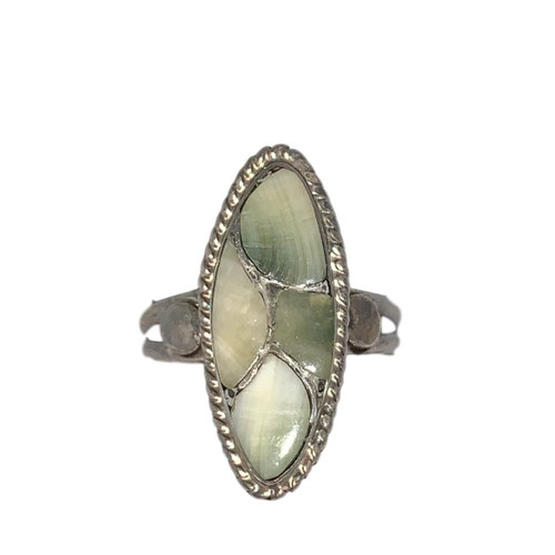 Vintage Mother of Pearl Ring in Sterling Silver - Size 6