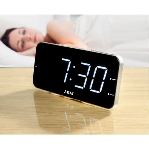 Akai Jumbo Display Clock Radio