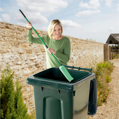 Wheelie Bin Loofah Brush Cleaner