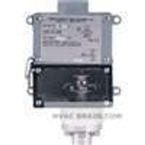 Dwyer Instruments 1009W-A1-D, Weatherproof pressure switch, adj range 200-1400 psig (138-965 bar), approx deadband (fixed) 75 psig (52 bar)