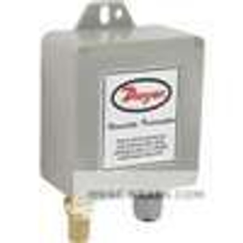 Dwyer Instruments WHT-320, Water-resistant humidity transmitter with sintered filter, 3% accuracy, 0-10 V humidity output