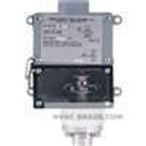 Dwyer Instruments 1007W-A1-D, Weatherproof pressure switch, adj range 75-550 psig (52-379 bar), approx deadband (fixed) 30 psig (21 bar)