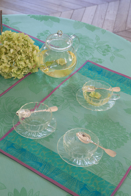 Tablecloth and placemat