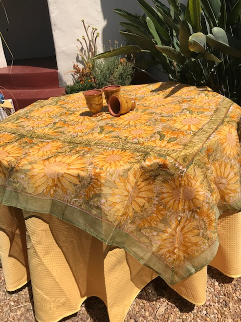 "Organza can be paired with 110"" orange, yellow, or green Provence tablecloth"