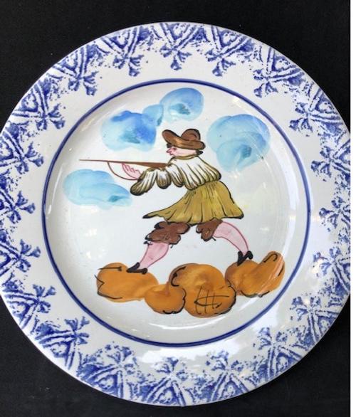 Vintage Brittany Plate - Hunter