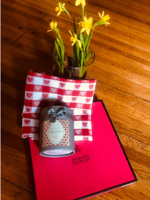 La Durance Candle with Valentine Limited Edition Kitchen Towel