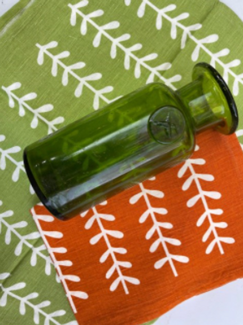 Green Carafe with 2 Kitchen Towels
