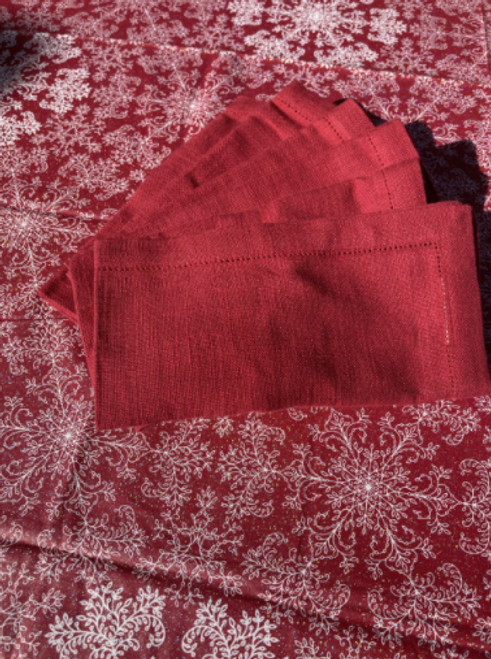Coated Christmas Tablecloth with Napkins