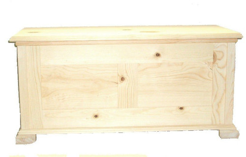Pine Hope Chest, Unfinished and Cedar Lined