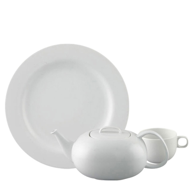 Thomas Medaillon White dinnerplate, soup plate, salad plate and mug on white background.