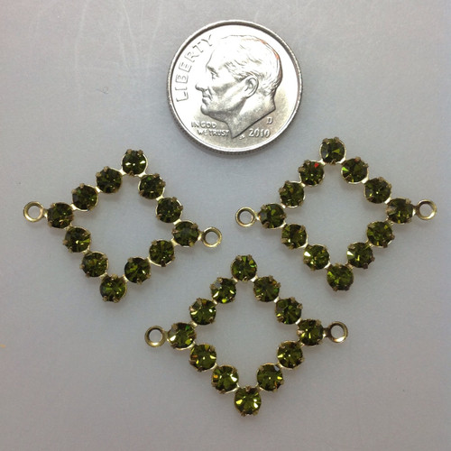 Vintage Diamond Shape 2 Hole Connector With 12 Olivine Crystals
