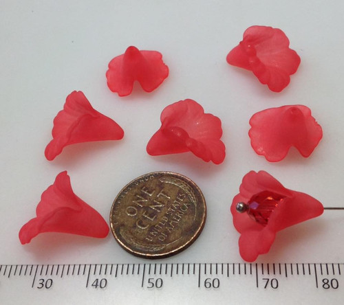 Lucite Flower Medium 17mm - Dark Petal Pink