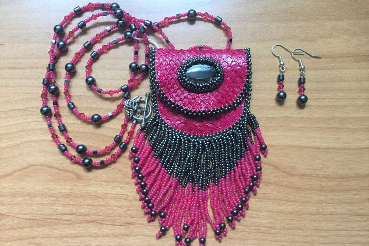Fuchsia Salmon-skin Pouch Necklace