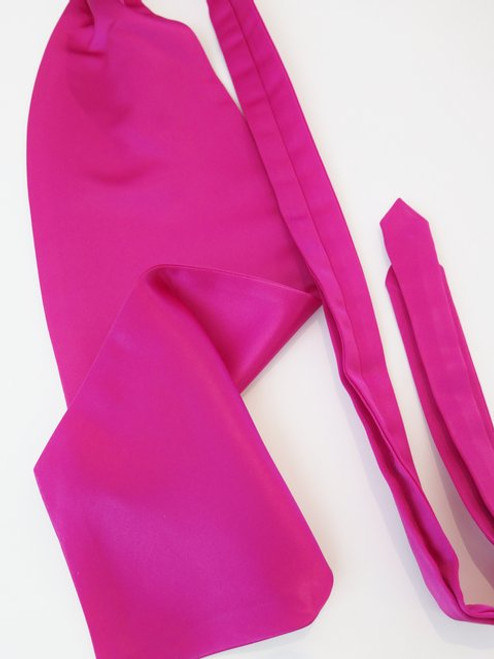 Pink wedding cravat